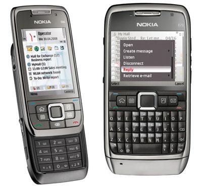 Nokia E66 dáng trượt còn E71 có bàn phím Qwerty. Ảnh: Intomobile.