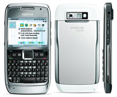 Nokia E71 có thiết kế mỏng manh. Ảnh: Cnet.