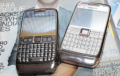 Nokia E71 tiếp tục giữ vị trí đầu bảng. Ảnh: Eprice.