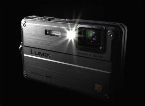 Phiên bản chống va đập thứ hai của Panasonic, Lumix DMC-FT2.