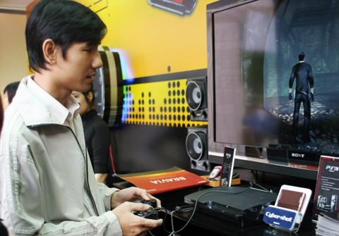 Các thế hệ máy chơi game của Sony đã được phân phối chính thức tại Việt Nam.