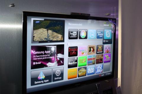 Ngoài 3D, HDTV thế hệ 2010 của Sony còn tập trung vào tính năng kết nối mạng với hệ thống Samsung Apps. Ảnh: Flatpanelhd.