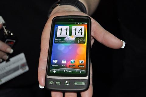 Desire - một trong những thiết bị sẽ lên Android 2.2. Ảnh: BeGeek.