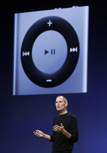 iPod Shuffle Gen 4 là mẫu iPod thế hệ mới xuất hiện đầu tiên. Ảnh: Daylife.