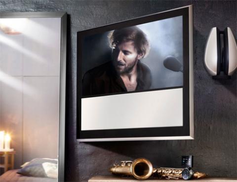 Dòng TV đắt tiền BeoVision 10 của Bang & Olufsen sắp có thêm model 32 inch. Ảnh: Bangolufsen.