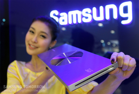 Tên gọi, tính năng cũng như giá bán hay ngày phát hành của sản phẩm đều chưa được hãng Hàn Quốc tiết lộ. Ảnh: samsungtomorrow.