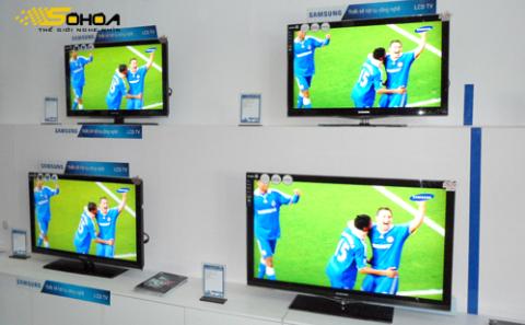 Các mẫu LCD 37, 40 inch là dòng TV màn hình mỏng giảm giá nhiều nhất trong dịp này. Ảnh: T.Anh.