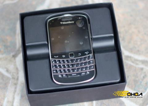 1000032575_BlackBerry-Bold-9900-20_480x0