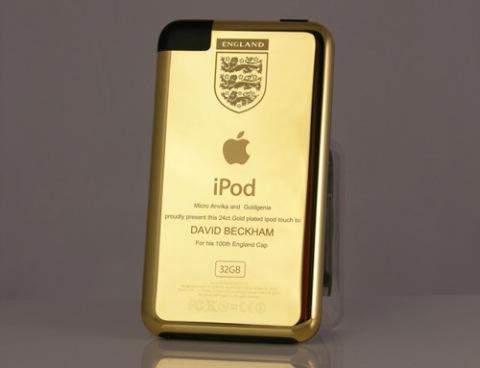 iPod Touch mạ vàng của David Beckham.