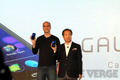 Hình ảnh thực tế Galaxy Nexus tại sự kiện đang diễn ra ở Hong Kong. Ảnh: