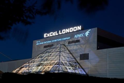 Cổng vào phía Tây của Trung tâm Excel London.