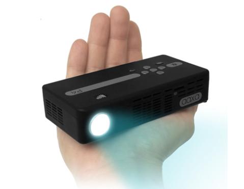 Với độ sáng 80 Lumen, AAXA P4 là máy chiếu cầm tay có độ sáng cao nhất thế giới hiện nay.