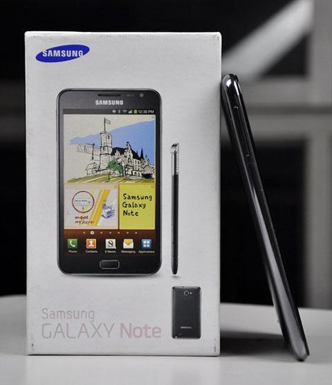 Galaxy Note với màn hình 5,3 inch.