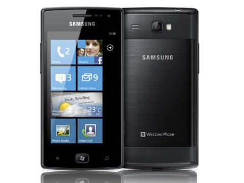 Smartphone chạy Windows Phone của Samsung.