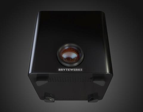 BryteWerks Model One với kiểu dáng vuông vắn, gọn gàng nhưng bao gồm một máy chiếu FullHD bên trong thân...