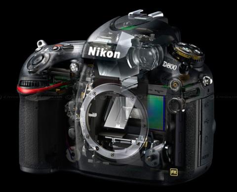 Nikon D800 mang cảm biến full-frame độ phân giải siêu lớn.