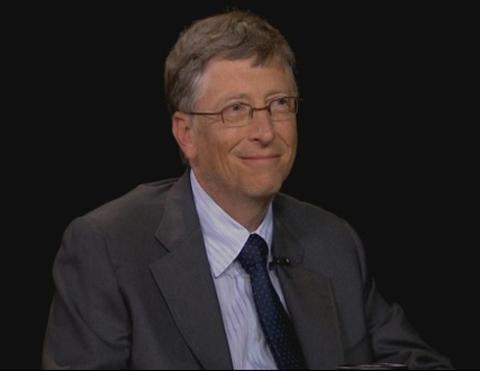 Bill Gates trong cuộc trò chuyện với Charlie Rose.