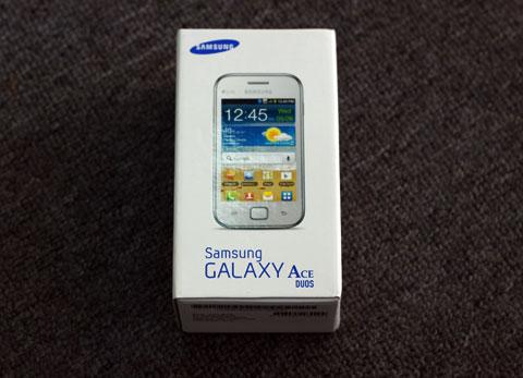 Hộp đựng Samsung Galaxy Ace Duos.
