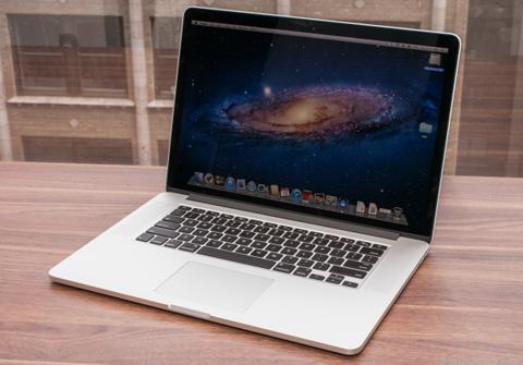 MacBook Pro Retina 13 inch có thể sở hữu cấu hình giống với model 15 inch. Ảnh: Cnet.