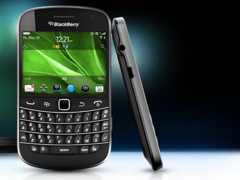 blackberryboldtouch2-580-100-16-jpg-1349