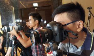 Hơn 1.000 dân chơi ảnh trải nghiệm Canon 5DS tại Hà Nội