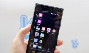 Obi MV1 - smartphone đầu tiên chạy hệ điều hành Cyanogen