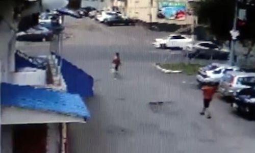 Video gã si tình bắt cóc nữ sinh để ép cưới gây chú ý Internet tuần qua