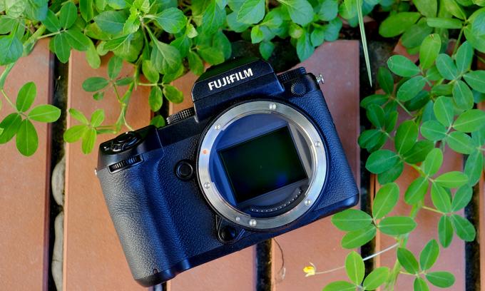 Fujifilm GFX 50S - máy chuyên nghiệp cho cả dân chơi
