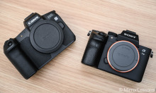 Nên mua máy ảnh mirrorless hay DSLR