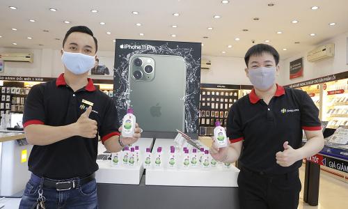 FPT Shop tặng 100.000 chai nước rửa tay cho khách hàng