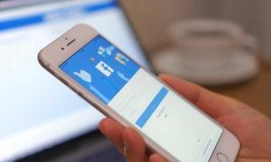 Facebook xin lỗi vì ứng dụng iOS ngừng hoạt động