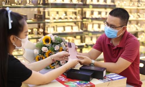 Hơn 7.000 đơn đặt mua trước Galaxy Note20 tại FPT Shop