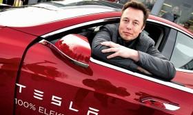 Elon Musk chuẩn bị nhận khoản thưởng thứ ba từ Tesla