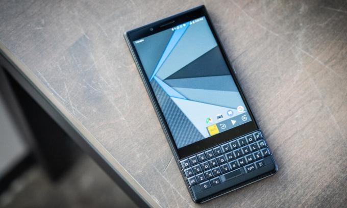 Điện thoại BlackBerry 'đại hạ giá'
