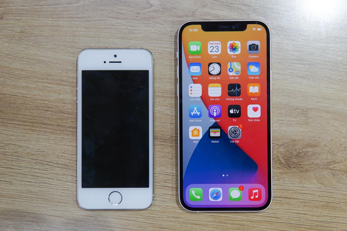 So thiết kế iPhone 12 và iPhone 5s - VnExpress Số hóa