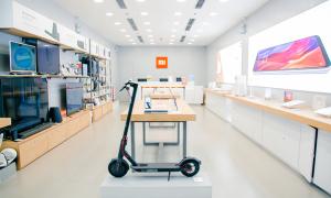 'Fan' chi hơn 100.000 USD mua đồ Xiaomi