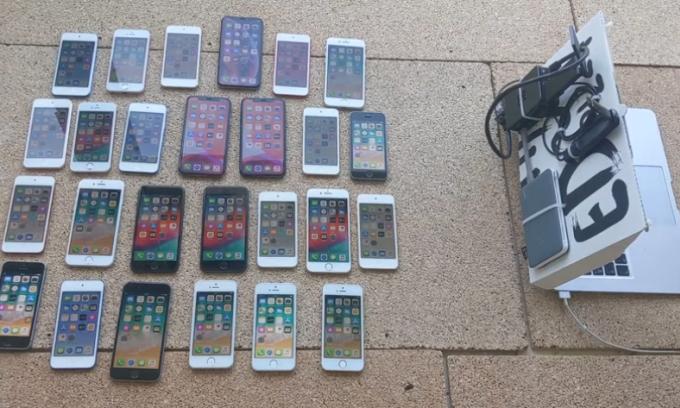 iPhone bị hack như trong phim