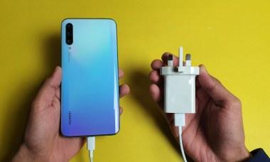 Người Trung Quốc thất vọng vì Huawei 'học theo' Apple