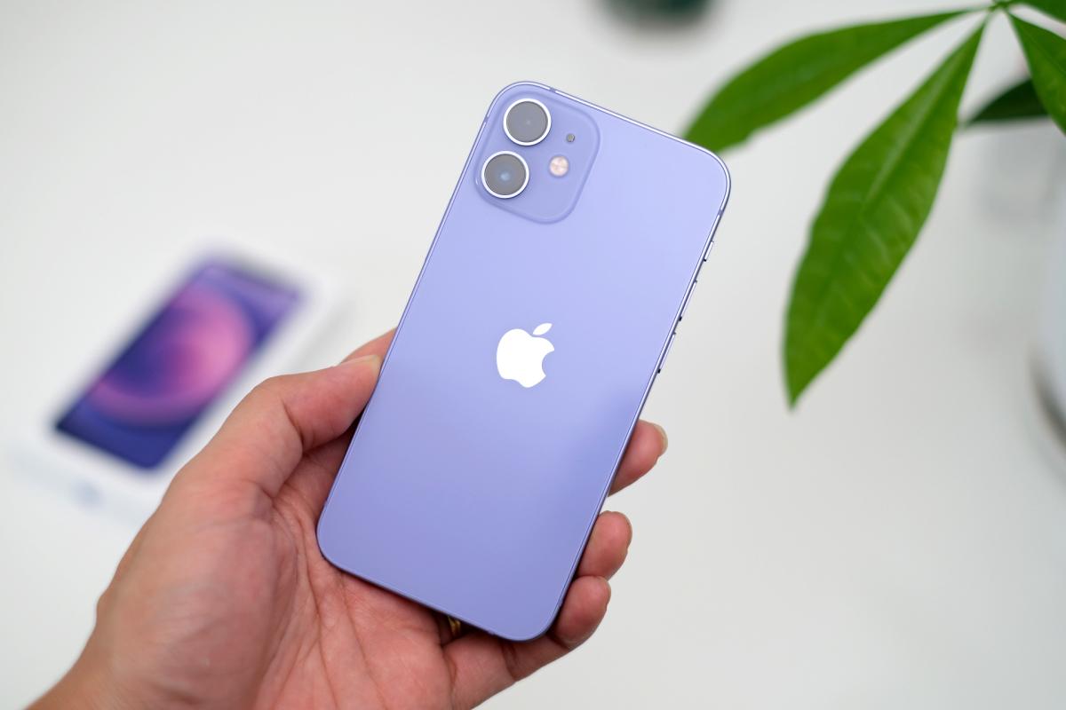 iPhone 12 màu tím về Việt Nam - VnExpress Số hóa