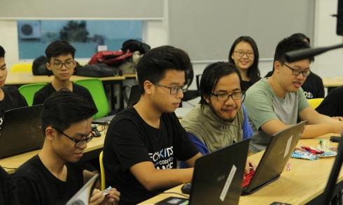 Kỹ sư công nghệ Việt Nam giỏi nhưng ngoại ngữ còn hạn chế