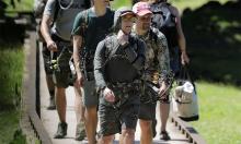Mark Zuckerberg đi săn lợn rừng